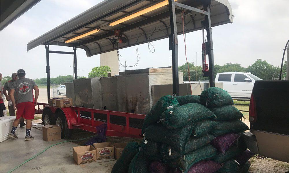 Unloading of crawfish